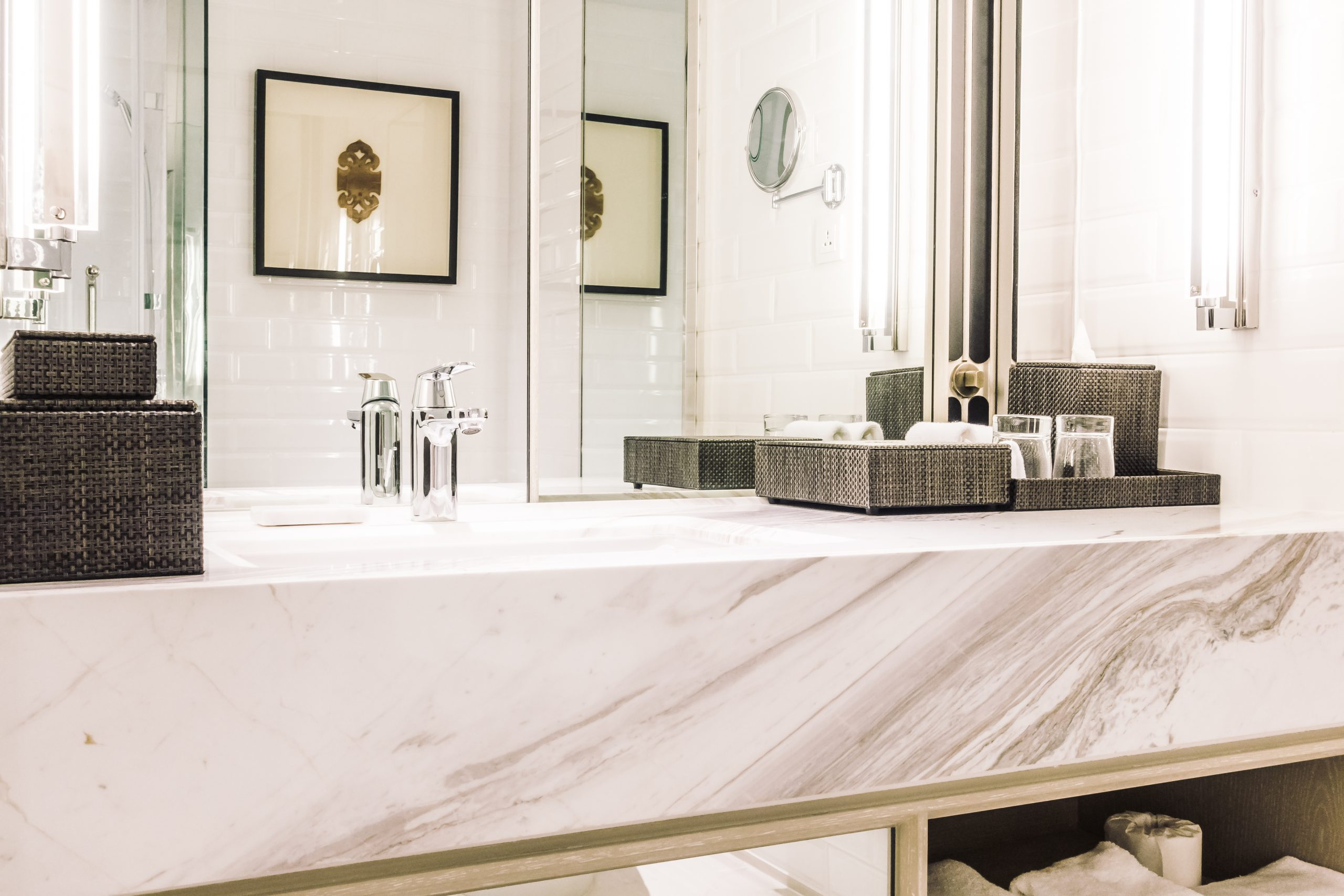 Beautiful luxury sink decoration in bathroom interior - Vintage Light Filter
